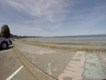 Chodniczek kreda w parking terenie brzeg jeziora plaża obrazy stock