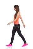 Chodzący kobieta profil Zdjęcia Royalty Free