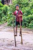 Chodzić na drewnianych stilts Zdjęcia Royalty Free