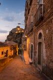 Chodzi wijące ulicy Pizzo zdjęcia royalty free