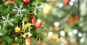 Choinka dekorujący ornamenty zdjęcie wideo