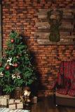 Choinka i Boże Narodzenie dekoracje Obrazy Royalty Free