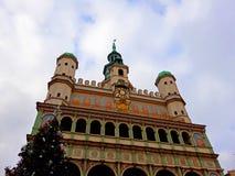 Choinka i fasada Renesansowy urząd miasta Zdjęcie Stock