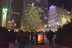 Choinka przy Rockefeller centrum, Manhattan, Nowy Jork Obrazy Royalty Free