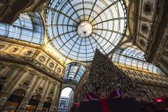Choinka w Galleria Vittorio Emanuele II, Mediolański Włochy zdjęcia stock