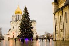 Choinka w Moskwa Kremlin Archaniołowie katedralni Zdjęcie Stock