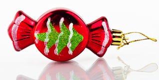 Choinki dekoracja. Czerwony cukierek. Zdjęcia Royalty Free