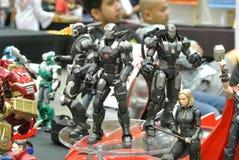 Choisi centre du nombre d'actions de caractère d'IRON MAN des bandes dessinées et des films d'Iron Man de merveille photographie stock libre de droits