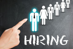Choisissez le candidat, les ressources humaines et le concept d'emploi sur le fond blanc Images stock