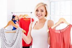 Choix de quoi porter. Photos libres de droits
