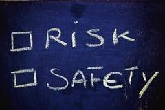 Choix : risque contre la sécurité Images stock