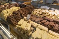 Choklad i en shoppa i San Carlos de Bariloche, Argentina Arkivfoto