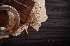 Choklad med kakaopulver Royaltyfri Foto