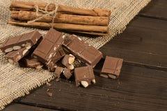 Choklad med mandelar Royaltyfri Bild