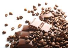 Choklad- och kaffebönor arkivfoto