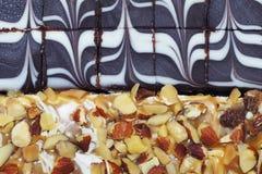 Choklad och kolatårta Royaltyfri Bild
