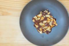 Choklad- och mandelnissen Arkivfoto