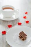 Choklad och tea Royaltyfria Bilder