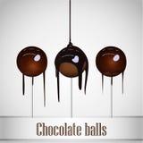 Choklad som hälls på chokladboll Royaltyfri Foto