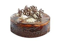 Chokladcake på den vita bakgrunden Royaltyfri Fotografi