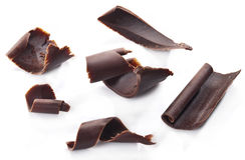 Chokladchiper som isoleras på en vit Arkivfoton