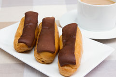 Chokladeclairs Royaltyfri Fotografi