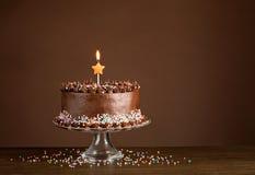 Chokladfödelsedagkaka Fotografering för Bildbyråer
