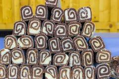 Chokladgodisar på marknaden royaltyfria foton