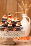 chokladhalloween muffiner Arkivfoto