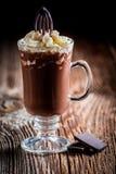 Chokladkaffe med piskad kräm Fotografering för Bildbyråer