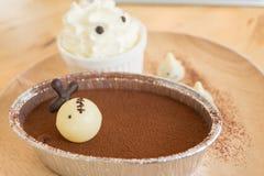 Chokladkaka för halloweens dag Arkivfoton