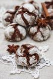 Chokladkaka med sprickor Royaltyfri Fotografi