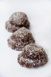 Chokladkakor med kokosnöten Arkivbild