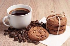 Chokladkakor och kaffe Royaltyfri Foto