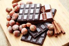 chokladkanelhasselnötter royaltyfri foto