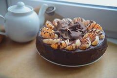 Chokladmuffin med gaffeln Fotografering för Bildbyråer