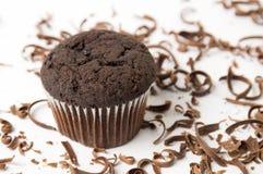 Chokladmuffin med strimlade stycken Fotografering för Bildbyråer
