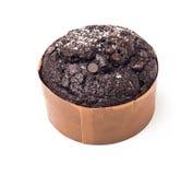 Chokladmuffin som isoleras på vit bakgrund Royaltyfri Foto