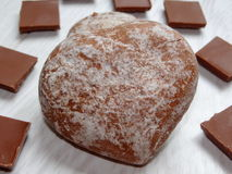 Chokladpepparkakahjärta Arkivfoton