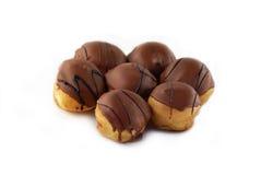 chokladprofiteroles Fotografering för Bildbyråer