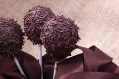Chokladsprinclecakepops Fotografering för Bildbyråer