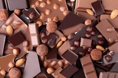 Chokladstycken med muttrar Royaltyfria Bilder