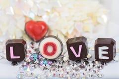 Chokladvalentin gåva Arkivfoto