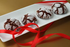 Chokolate crinkles cookies Royalty Free Stock Image