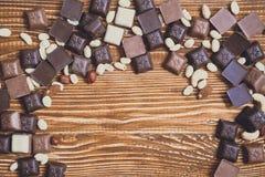 Chokolate sur le fond de granit images stock