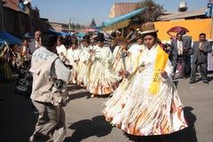 Cholitas kobiety tanczą przy karnawałem w Boliwia Fotografia Royalty Free