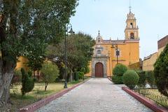 Cholula, Мексика знать для своего большого количества церков Стоковая Фотография