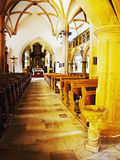2016/06/18 - Chomutov市,捷克共和国-倒空gothick教会的中午到来' Kostel Nanebevzeti Panny Marie' 免版税库存照片