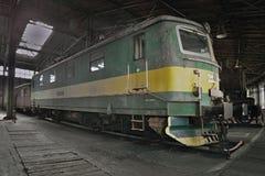 2016/08/28 - Chomutov,捷克共和国-捷克斯洛伐克的货物电力机车斯柯达E469 117从第20 centu的五十年代 库存照片
