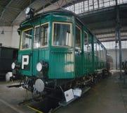 2016/08/28 - Chomutov,捷克共和国-绿色蒸汽铁路车M124 001 免版税库存图片